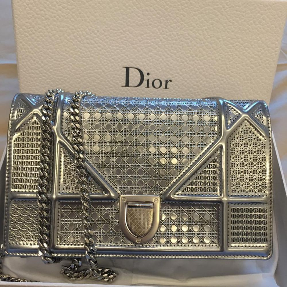 373fe947409b (SOLD) Brand New Diorama Microcannage Wallet on Chain (WOC) in Silver. AllChristian  Dior