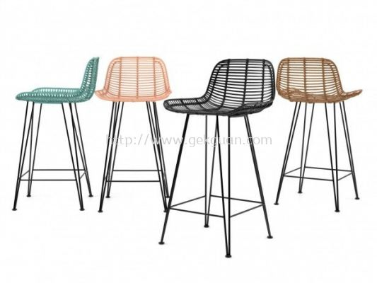 RBS 002 - RATTAN + STEEL BAR STOOL