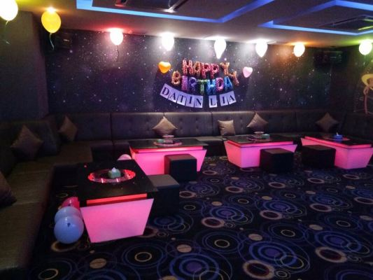 BIRTHDAY PART VIP Room AT V KBOX