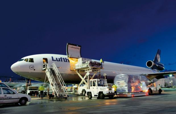 AIR FREIGHT ����