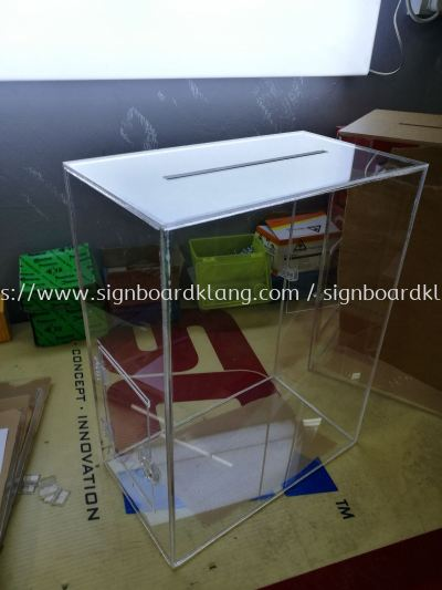 Acrylic tender Box