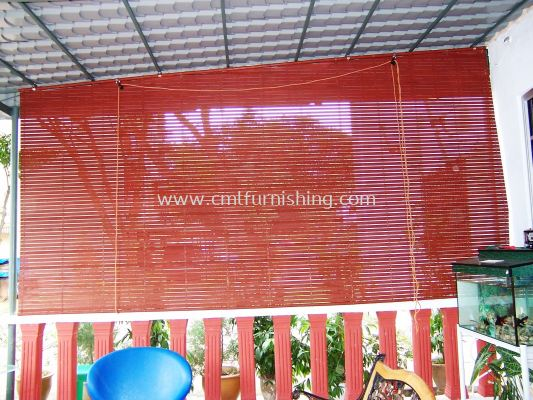 outdoor-wooden-curtain