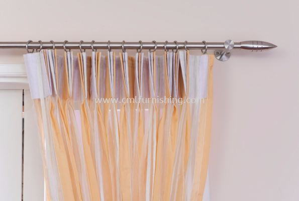 metal-rod-with-curtain