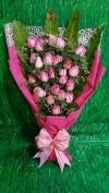 Pink Rose Hand Bouquet (HB-443) ROSE BOUQUET Hand Bouquet