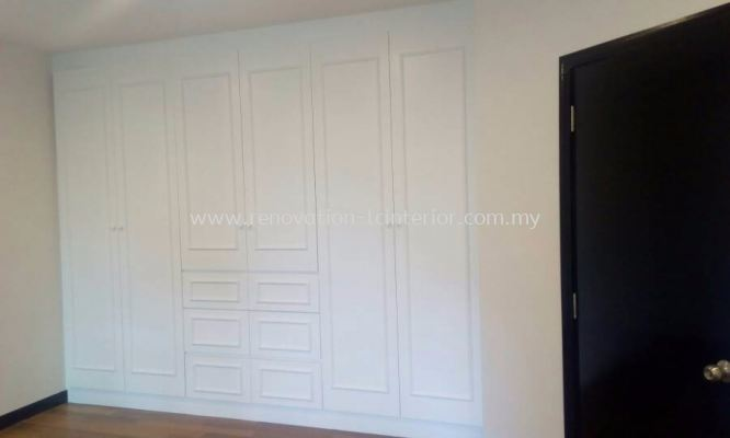 Full Height Wardrobe (Armanee Terrace CondoII Damansara)
