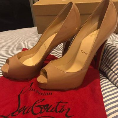 (SOLD) Brand New Christian Louboutin Very Prive 120 Patent Nude High Heels