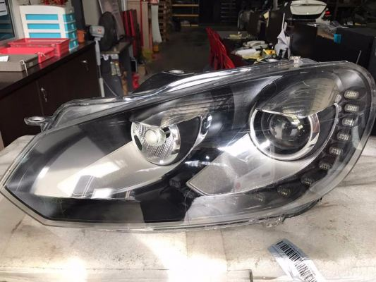 VW MK6 GTI 2.0 HEAD LAMP
