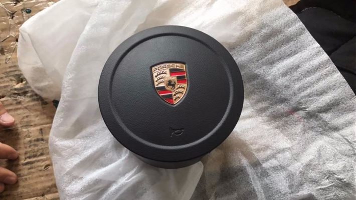 PORSCHE CAYENNE AIR BAG