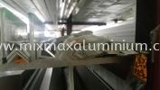 ALUMINIUM EQUAL ANGLE BAR 9.53mm x 9.53mm x 0.8mm(T) x 6.1M(L) Aluminium Angle