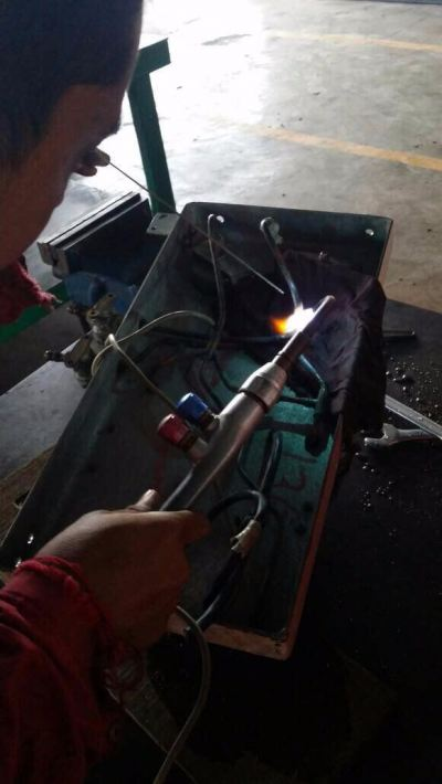 Tubing repair at panel gauge (KM Perwira)