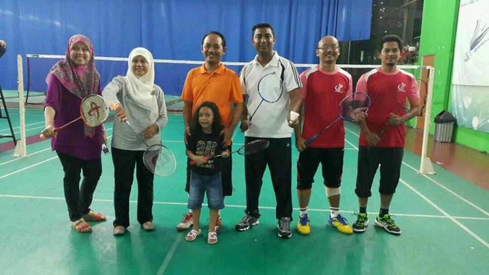 Pertandingan Badminton Piala YDP PIBG