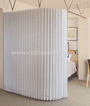 toso-curved-accordion-doors