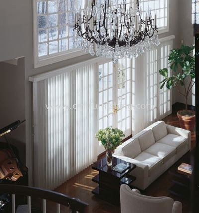 living-toso-japanese-dual-seez-laser-cut-vertical-blinds 7