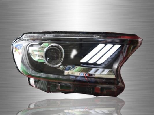 Ford Ranger T6 Facelift Sequential Signal Head Lamp 2017