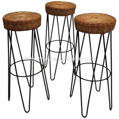 RBS 011 - RATTAN + STEEL BAR STOOL
