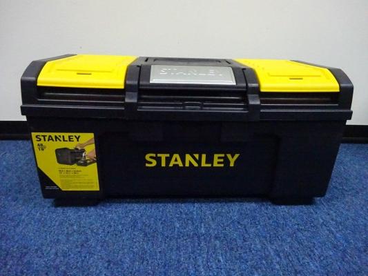 "STANLEY STST19400 19"" METAL LATCH PLASTIC TOOL BOX"