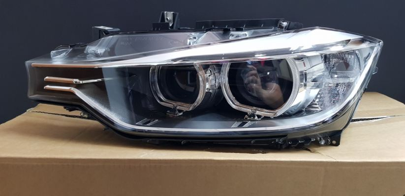 BMW F30 HEAD LAMP