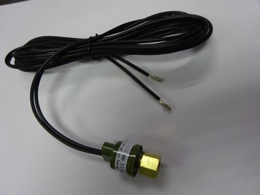 YORK 340974 HIGH PRESSURE SWITCH 300PSI (OFF) 200PSI (ON) (EWM0610)