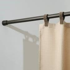 simple curtain rod