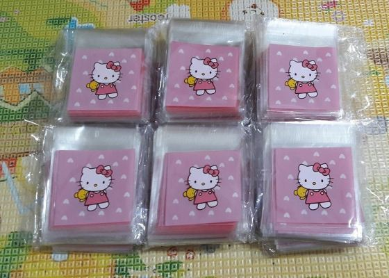 CPB004 (hello kitty bear)