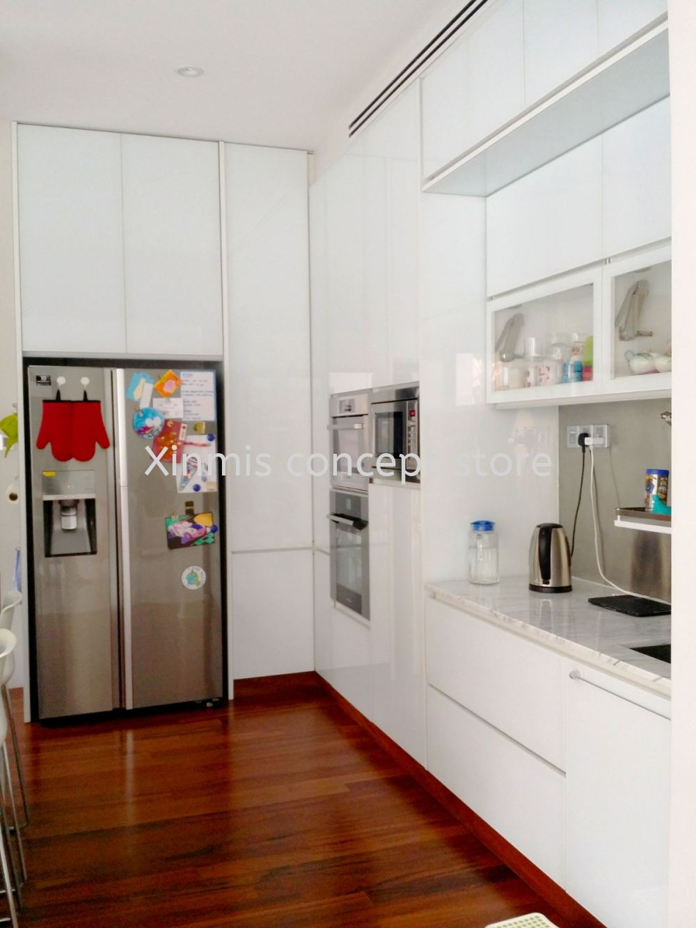 Aluminium kitchen cabinet - Saujana Golf & Country Club White ...