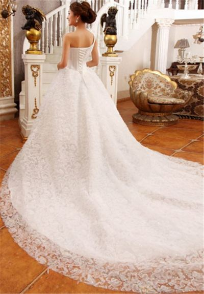 Wedding Gown (Long Tail Wedding Dress 005)