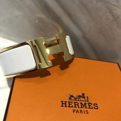 Hermes Clic Clac PM Size in White with GHW