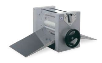 Manual dough sheeter - table top model