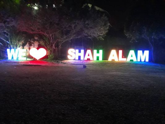 'We Love Shah Alam' Led Conceal Box Up Lettering