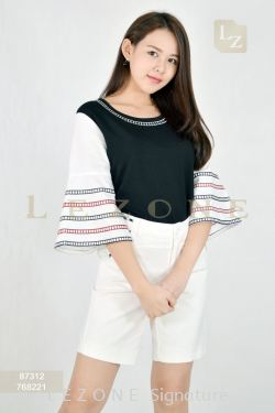 87312 BELL SLEEVE BLOUSE【1st 25% 2nd 50%】