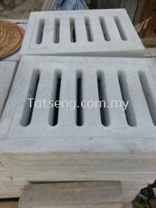 Compressed concrete slab with drain holes