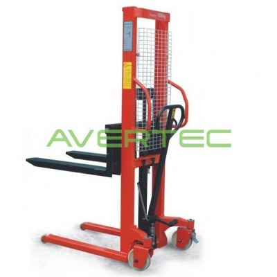 Economic Stacker 1 - 1.5 Ton