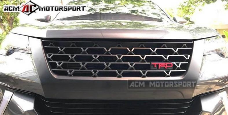 toyota fortuner 2017 TRD Front grill