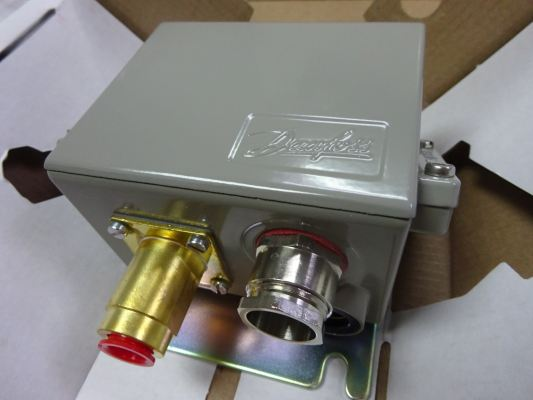 Danfoss KPS Pressure Switch and Thermostat