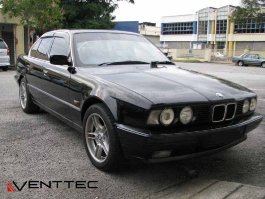 BMW 5-SERIES E34 SEDAN 88Y-96Y = VENTTEC DOOR VISOR