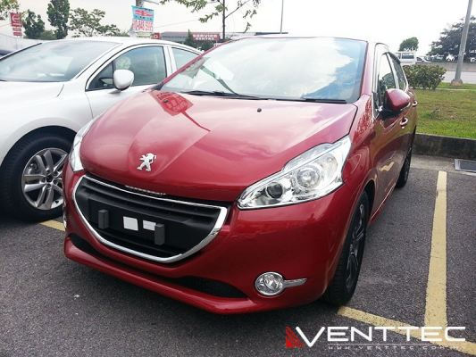 PEUGEOT 208 HATCHBACK 12Y-ABOVE = VENTTEC DOOR VISOR