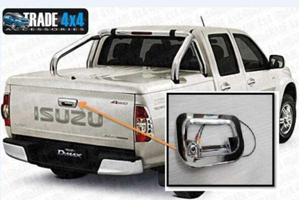 REAR CAMERA ISUZU D-MAX (S/N:001590)
