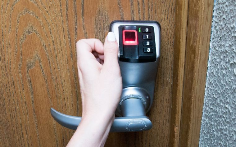 How Do Fingerprint Door Lock Works?