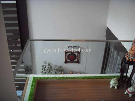 Stainless Steel Balcony Handrail With Glass