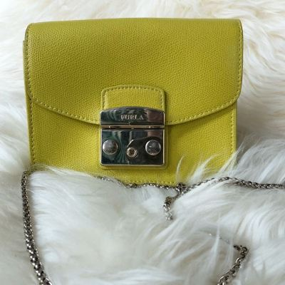 (SOLD) Furla Metropolis Crossbody Bag
