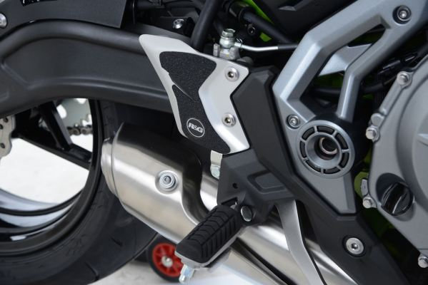 R&G Boot Guard Kit for Kawasaki Z650 '17- and Ninja 650 '17