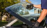 Outdoor Windscreen Installation Services / 外出安装服务 DOOR TO DOOR CAR WINDSCREEN INSTALLATION SERVICES