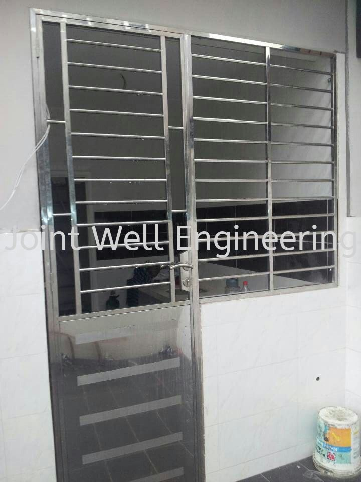 Safety Back Door Set With Window Stainless Steel Window Grill