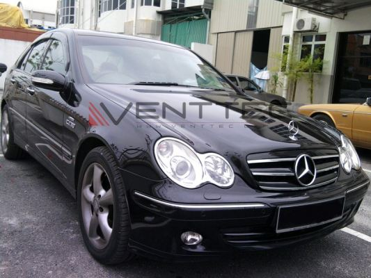MERCEDES C-CLASS W203 SEDAN VENTTEC DOOR VISOR