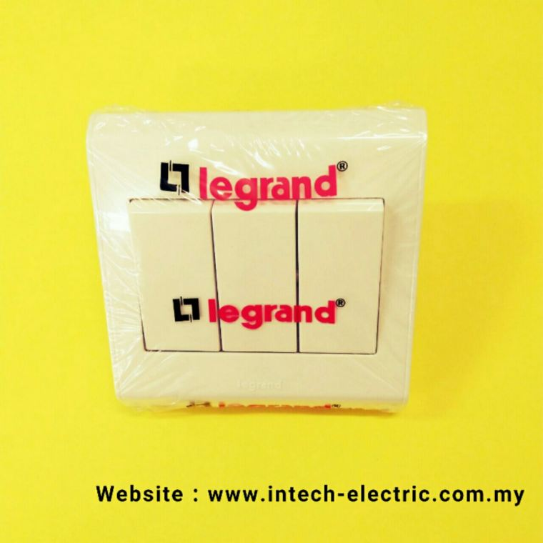 LEGRAND BELANKO 617005 (3 GANG 2 WAY)SWITCH  Legrand Belanko Series Switcher