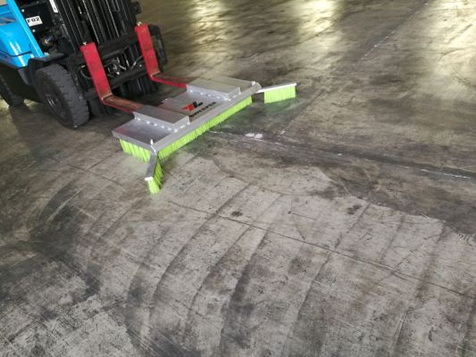 Fork Lift Attached Sweeper Broom With Wing MODEL : FBW-01