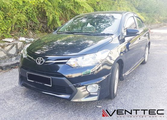 TOYOTA VIOS / YARIS SEDAN (3�� = 75MM) venttec door visor