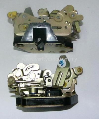 KANCIL Y69340-87209 DOOR INNER LOCK RLH