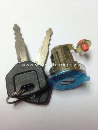 SAGA YMB368481 DOOR LOCK CYLINDER LH