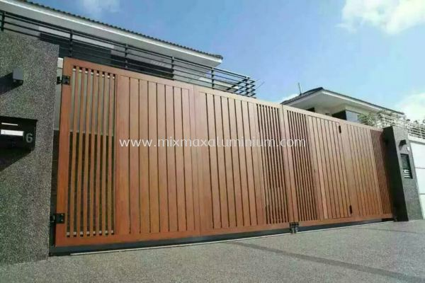 Aluminium Gate ~ Wood grain